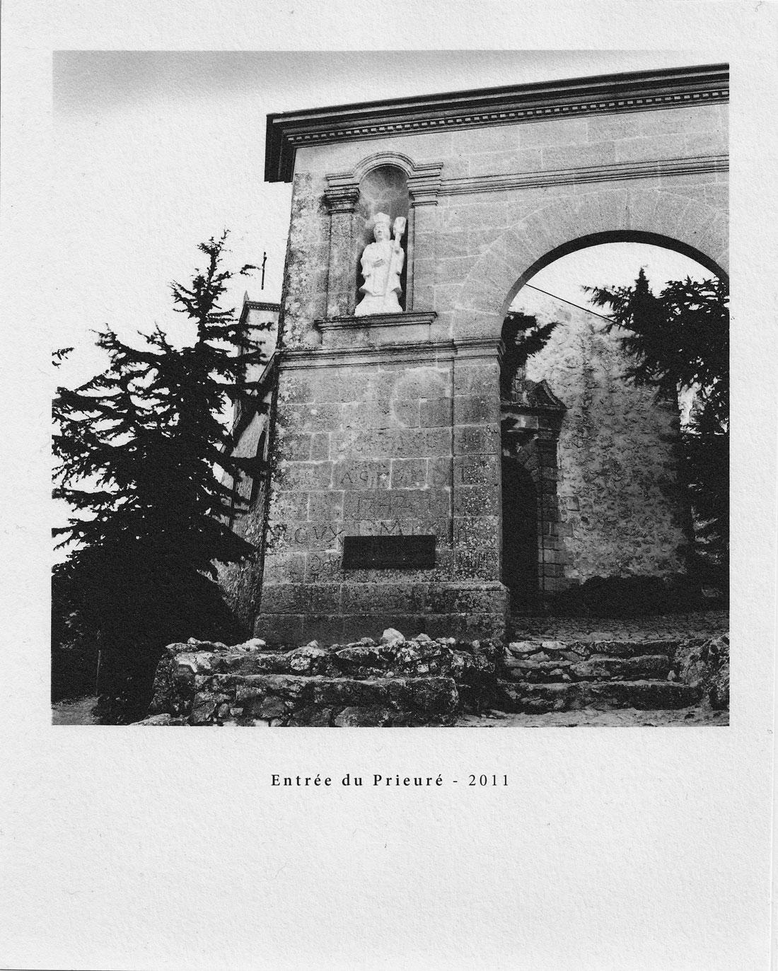 16-Prieuré-entrée